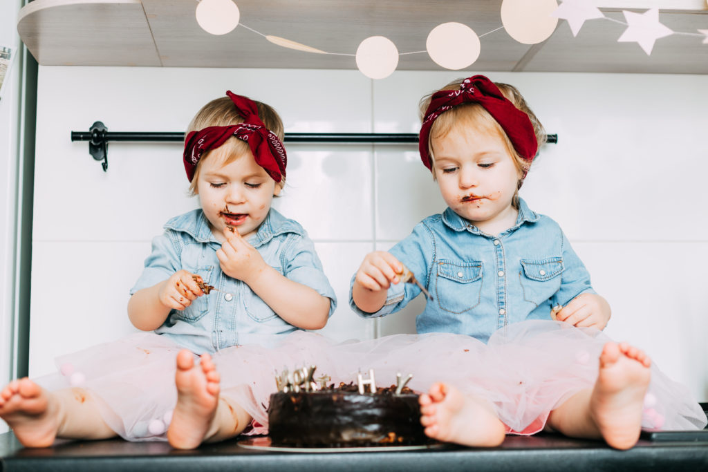 Organic social media marketing is all about capturing those relatable moments, like two kids eating chocolate cake