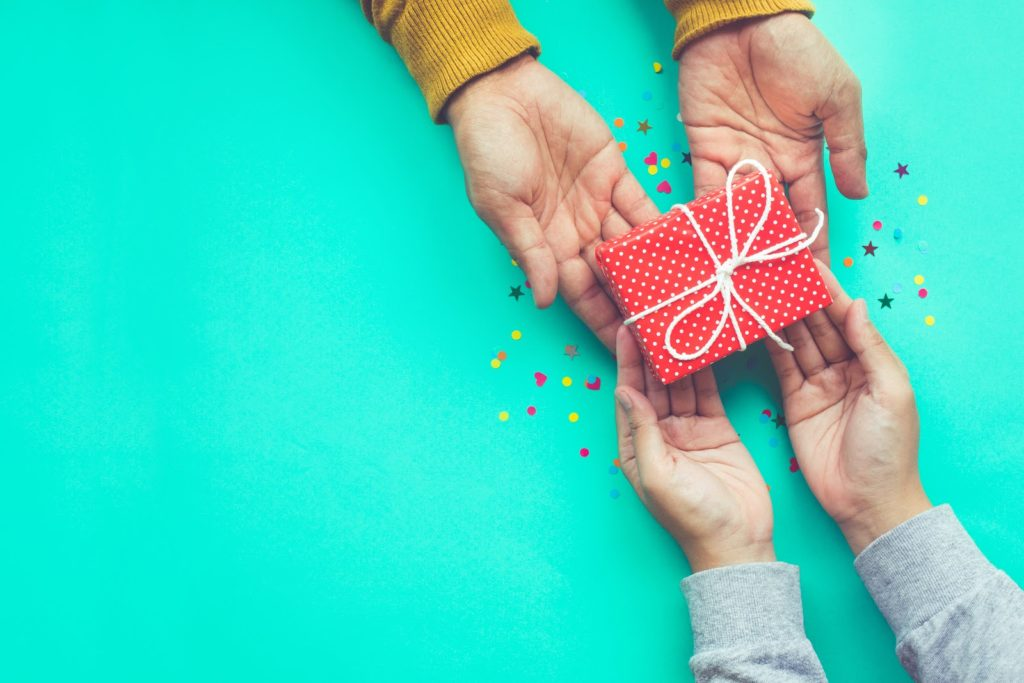 Inbound marketing is like giving a nice gift