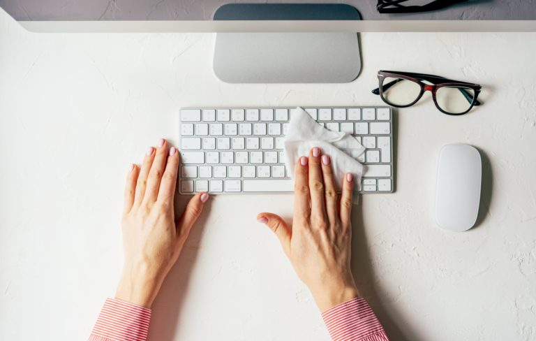 How to Keep Your Workspace Clean